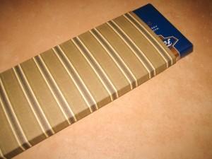 Itsetehty paketti suklaalle